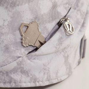 Lululemon Go The Distance Run Hat Grey Swift
